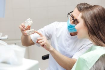 Dental Implants vs Dentures: What's Right for You?