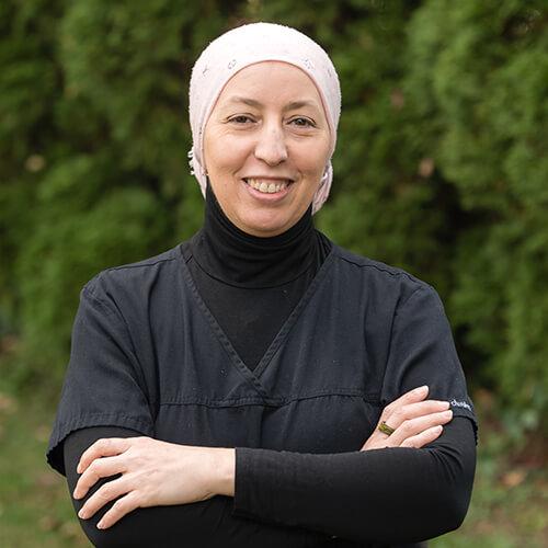 Portrait of Hafida, a dental assistant