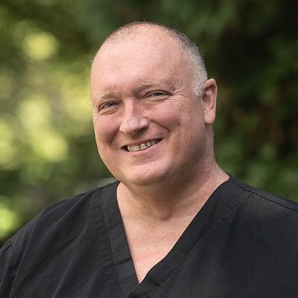Headshot of Dr. Eric Shelly